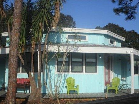 4711 Coronado Way S Gulfport, FL 33711