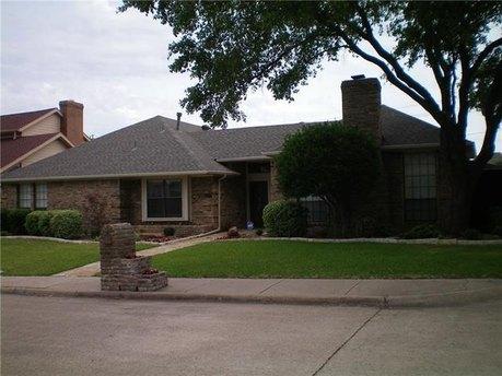 4208 Country Brook Dr, Dallas, TX 75287