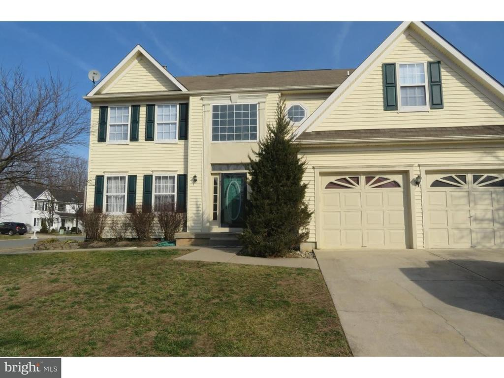 52 Fox Hollow Ln, Sewell, NJ 08080