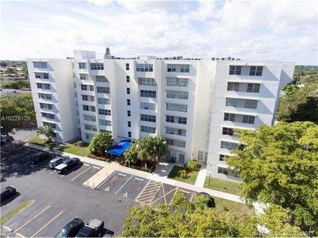 9125 Sw 77th Ave Unit 609 Miami, FL 33156