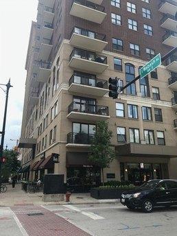 41 E 8th St Apt 4C, Chicago, IL 60605