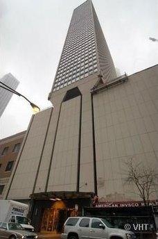 111 E Chestnut St Apt 15E, Chicago, IL 60611