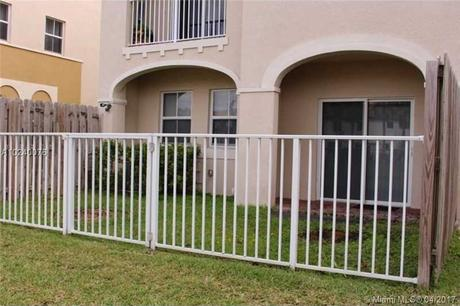 8930 Nw 97th Ave Apt 106 Medley, FL 33178