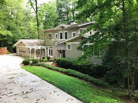 1093 Dawn View Ln NW, Atlanta, GA 30327
