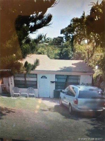 2114 NE 181st St, North Miami Beach, FL 33162