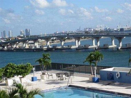 555 NE 15th St Apt 11I, Miami, FL 33132