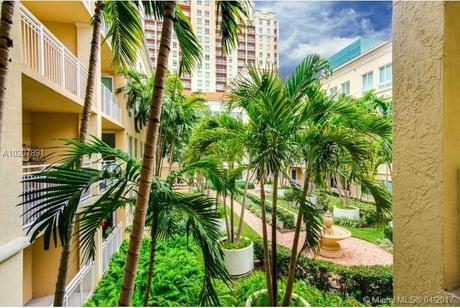 7355 Sw 89th St Apt 517n Miami, FL 33156