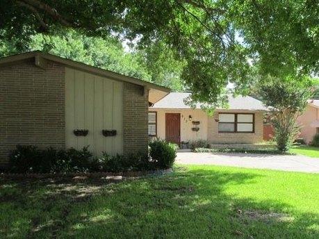 913 Melrose Dr, Richardson, TX 75080