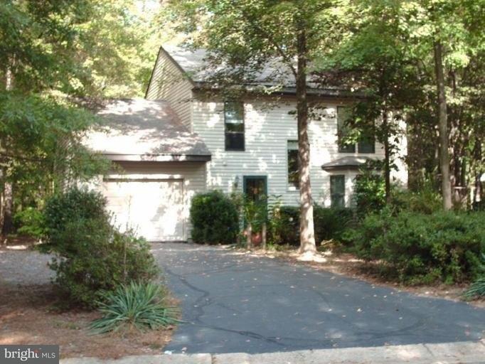 44550 White Pine Ct, California, MD 20619