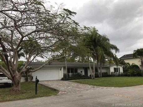 8425 Sw 107th St Miami, FL 33156