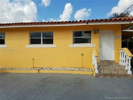 1847 Nw 15th St Miami, FL 33125