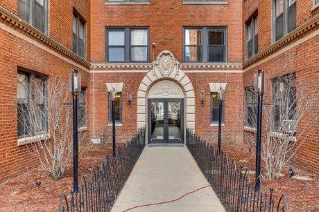 1140 N Lasalle St Unit 333 Chicago, IL 60610