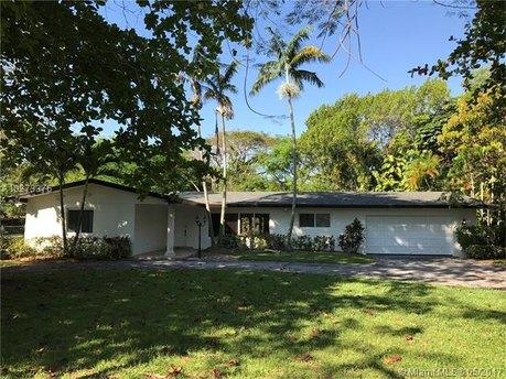 11200 SW 93rd St, Miami, FL 33176