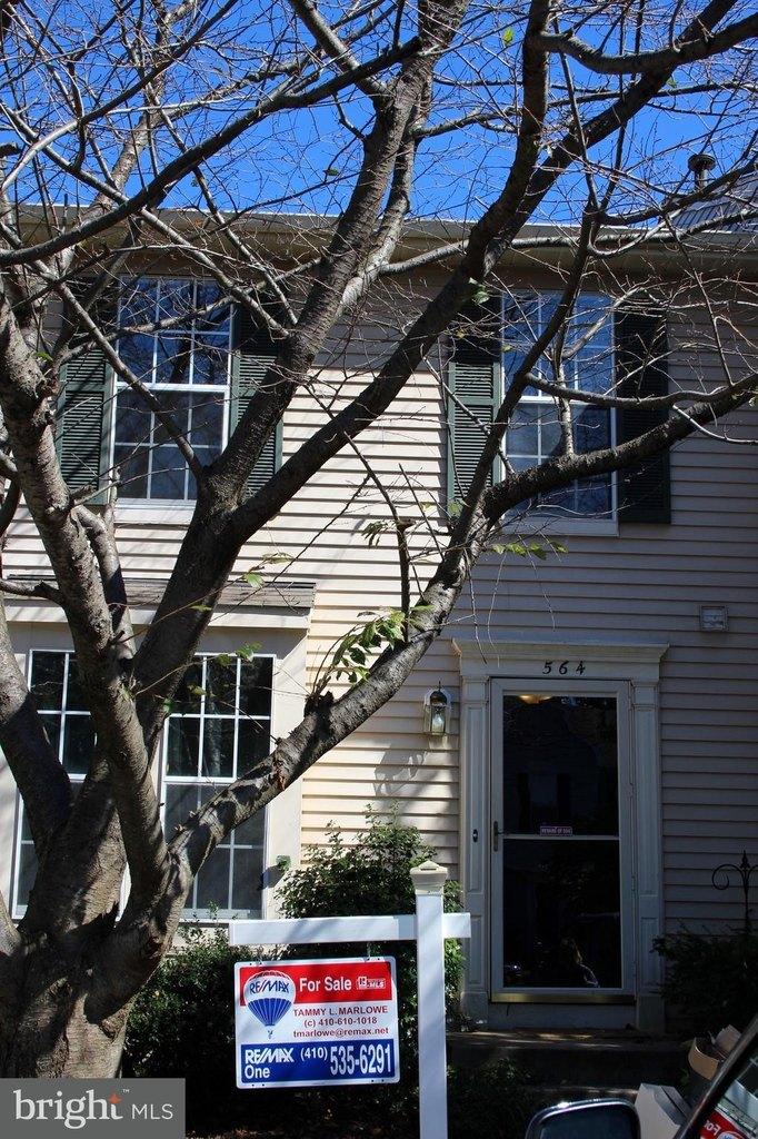 564 Quaker Ridge Ct, Arnold, MD 21012