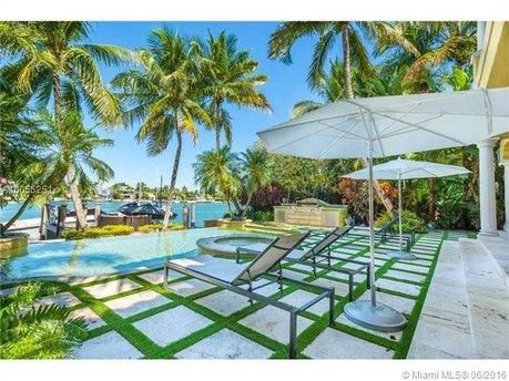 60 W Rivo Alto Dr Miami Beach, FL 33139