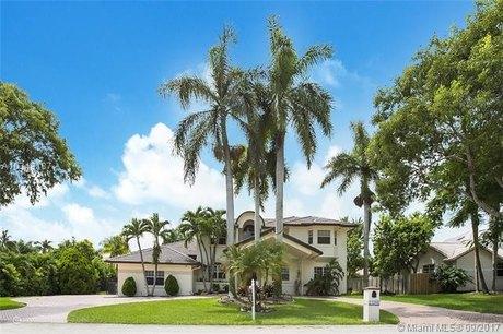 14700 SW 98th Ave, Miami, FL 33176