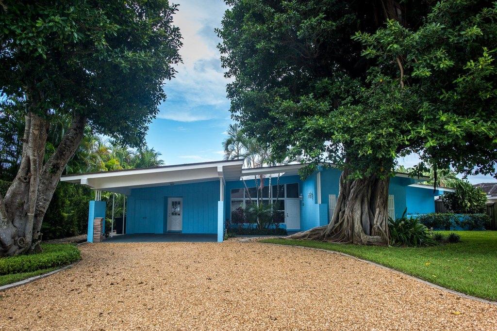 181 Beacon Ln, Jupiter Inlet Colony, FL 33469