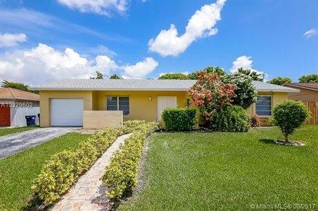 11115 SW 158th Ter, Miami, FL 33157