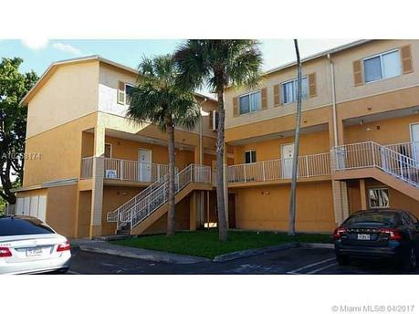 6255 Kendale Lakes Cir Unit 217 Miami, FL 33183