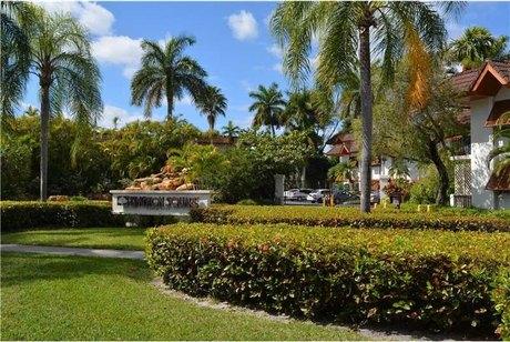 9392 Sw 77th Ave Apt E7 Miami, FL 33156