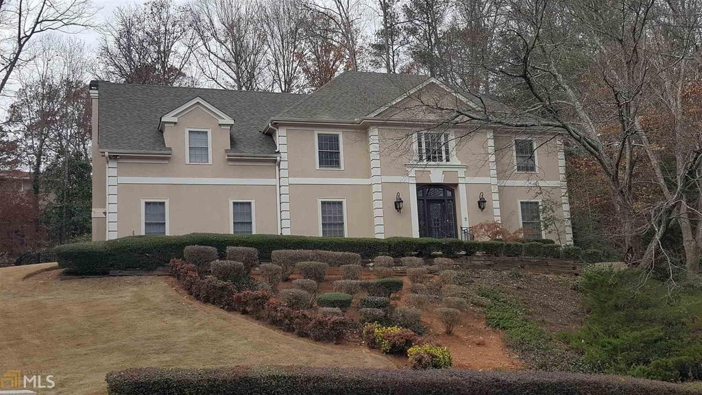 8200 Grogans Ferry Rd, Sandy Springs, GA 30350