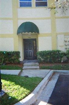 664 Arbor Lake Ln Tampa, FL 33602