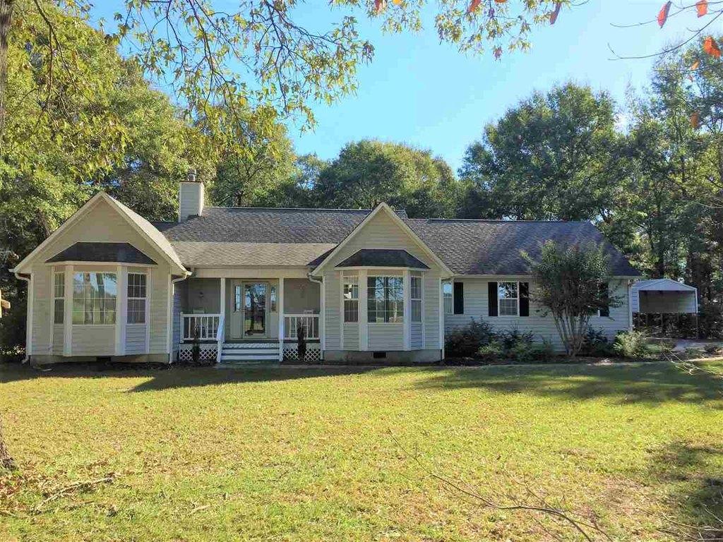 398 Hardison Rd, Byron, GA 31008