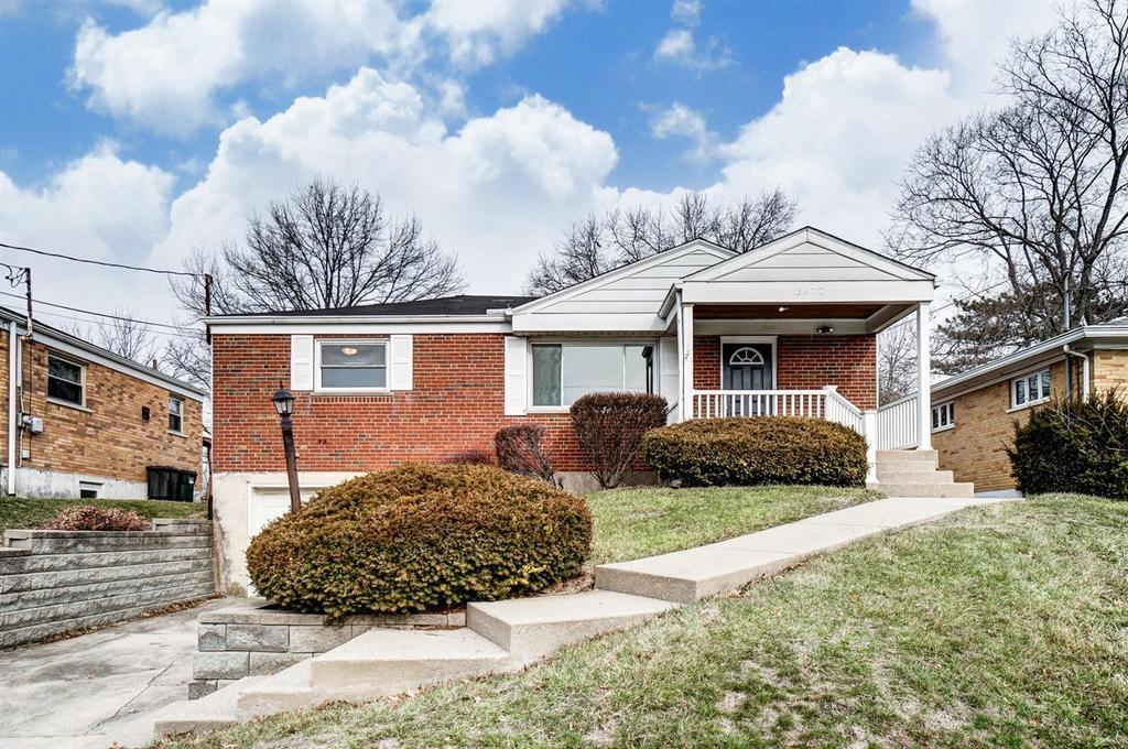 3672 Twinview Dr, Colerain Twp, OH 45247