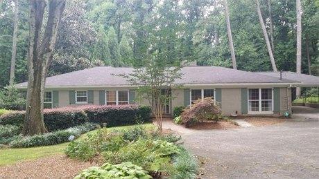 3108 E Wood Valley Rd NW, Atlanta, GA 30327