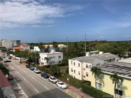 8000 Harding Ave Apt 5C, Miami Beach, FL 33141