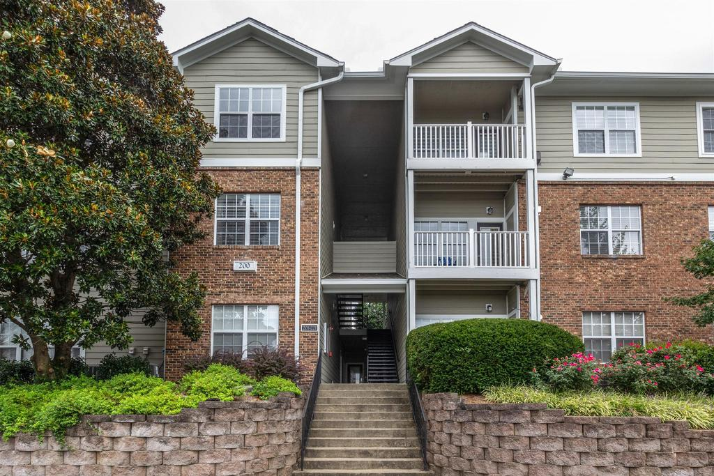 2025 Woodmont Blvd, Nashville, TN 37215