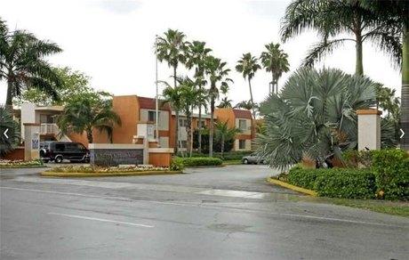 9018 Sw 97th Ave Apt 1 Miami, FL 33176