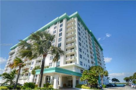 10350 W Bay Harbor Dr Apt 5L, Bay Harbor Islands, FL 33154