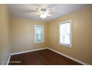 Phoenix, IL Apartments & Houses for Rent - 8 Listings | Doorsteps com