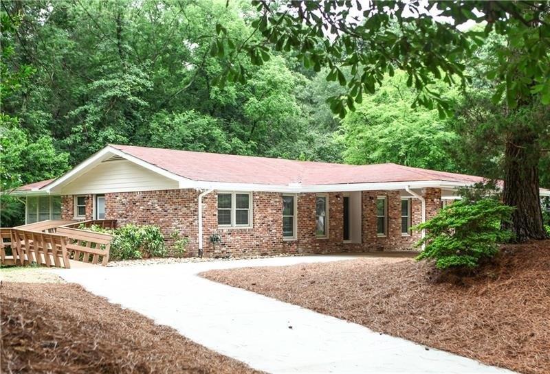 1755 Beverly Woods Ct, Brookhaven, GA 30341