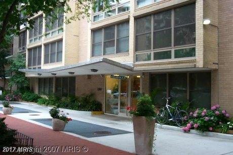 1260 21st St NW Apt 1004, Washington, DC 20036
