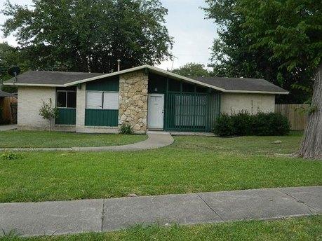 8008 Clear Springs Rd, Dallas, TX 75240
