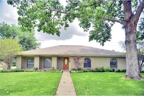 2306 Flat Creek Dr, Richardson, TX 75080