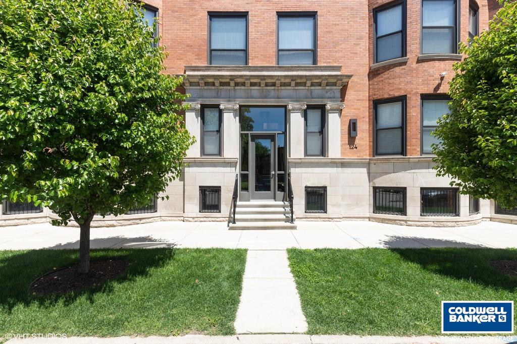 122 E 57th St Unit 3W, Chicago, IL 60637