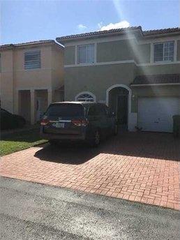 13390 Sw 143rd Ter Miami, FL 33186