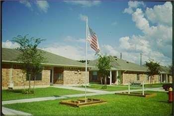 1520 Barfield Rd, Wharton, TX 77488