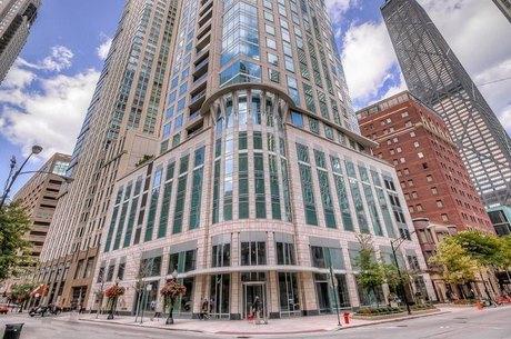 50 E Chestnut St Apt 1401, Chicago, IL 60611