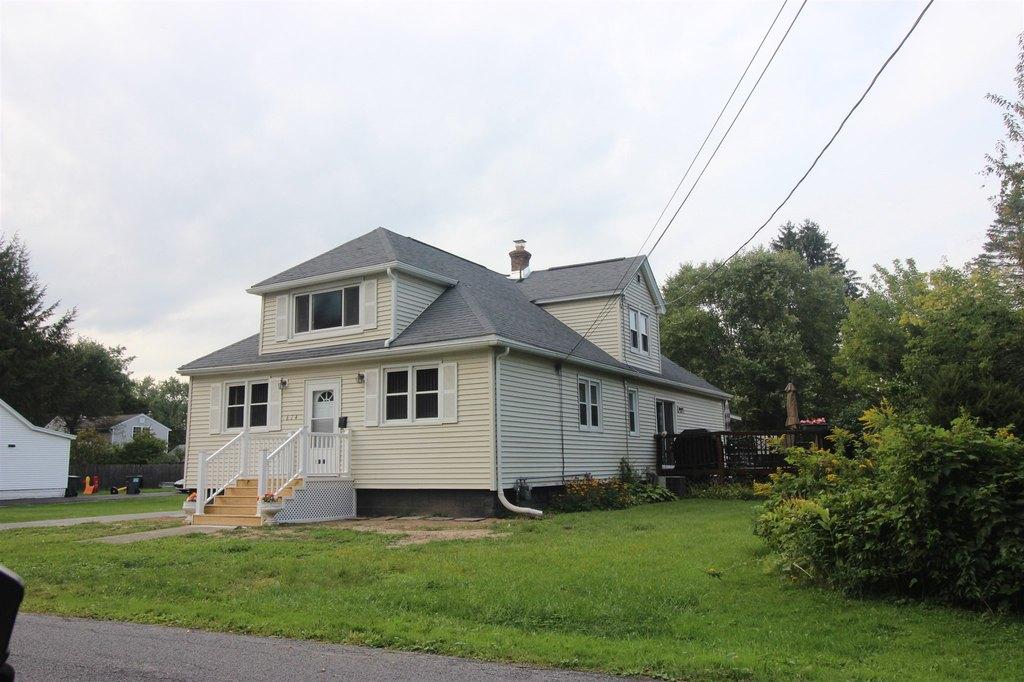 614 Engleman Ave, Glenville, NY 12302