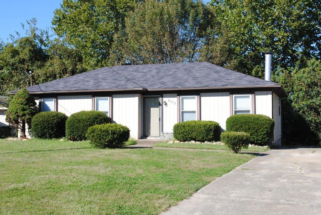 9203 Wakulla Ct, Louisville, KY 40299