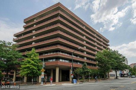 2555 Pennsylvania Ave NW Apt 319, Washington, DC 20037
