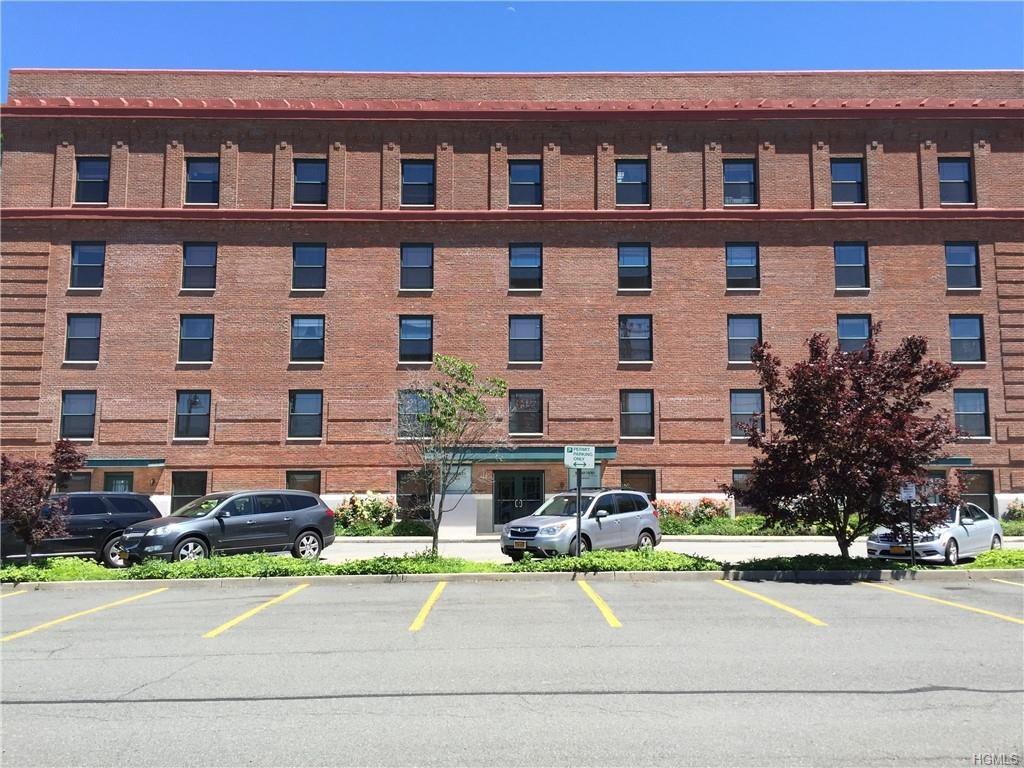 1 S Astor St Apt 204, Greenburgh, NY 10533