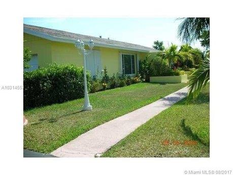 11611 SW 128th St, Miami, FL 33176