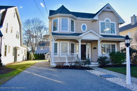 Stupendous Spring Lake Heights Nj Apartments Houses For Rent 13 Home Interior And Landscaping Oversignezvosmurscom