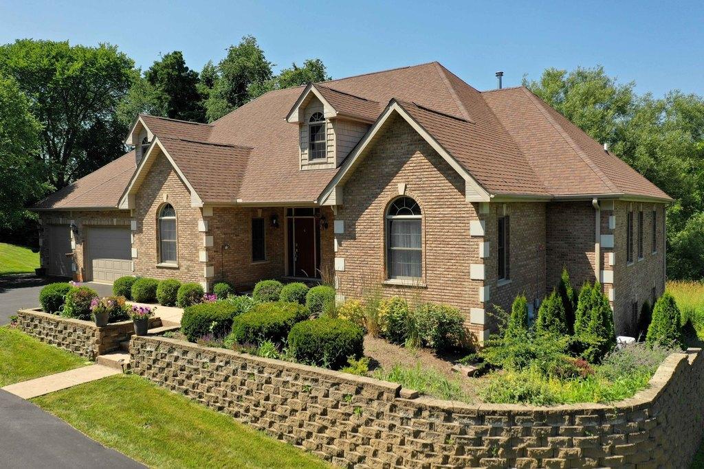 6771 W Creekside Dr, Long Grove, IL 60047