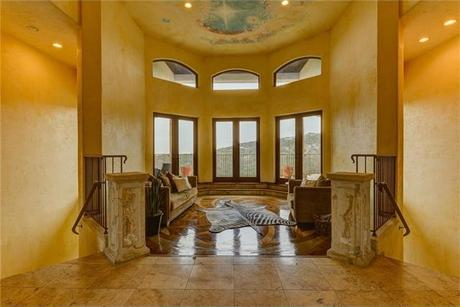 695 Windsong Trl, West Lake Hills, TX 78746